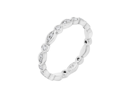 Delicate Diamond Shaped Band