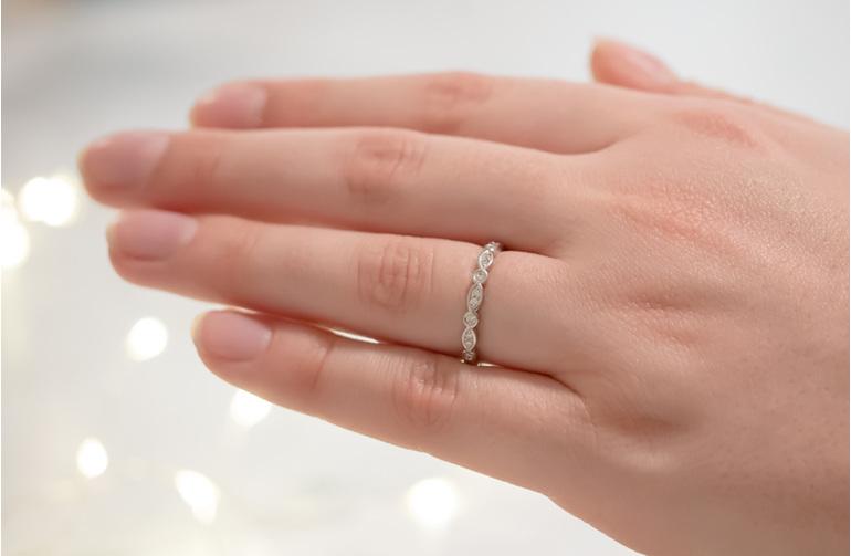 Delicate Diamond Shaped Wedding Band