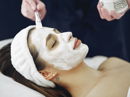 Deluxe Rejuvenating Facial