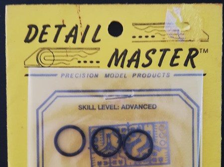 "Detail Master 1/24 Race Car Steering Wheels 13"" (DM2330)"