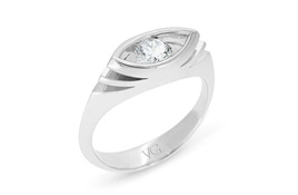 Marquise Shaped Brilliant Diamond Ring