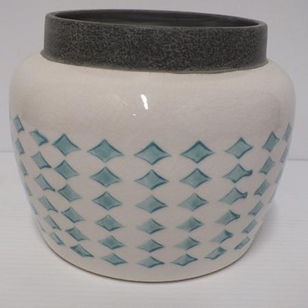 Diamond Print vase C3820