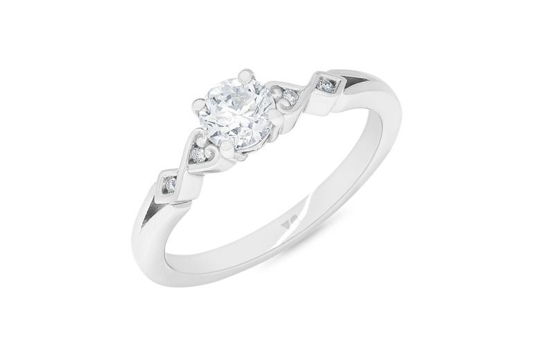 Diamond ring, Diamond Cluster Ring, Platinum Jewellery, Platinum Diamond Ring