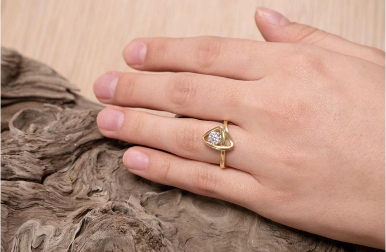 Diamond Solitaire Engagement Ring, Peak The Sandrift Collection