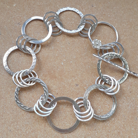 Different Links Bracelet