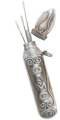 DMF6122.3   Needle Case Pendant