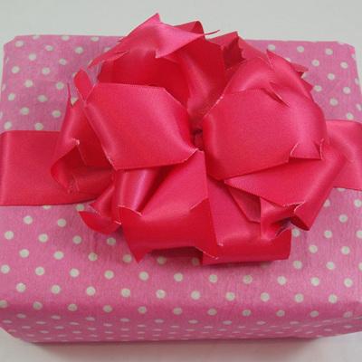 Double-Sided Satin Ribbon: Shocking Pink