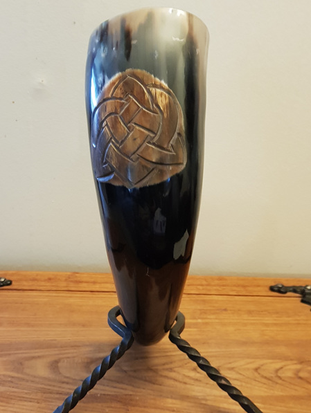 Drinking Horn Type 13 - Celtic Knot Pattern