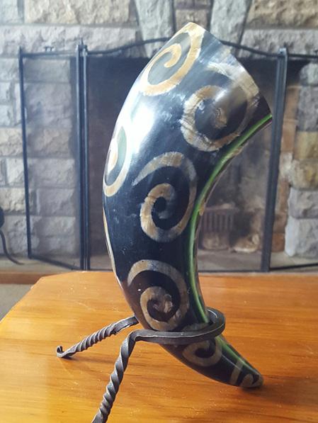 Drinking Horn Type 28 - Burnt On Spirals