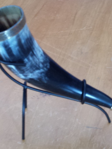 Drinking Horn Type 9 - Brass Trim with Lion Head Finial