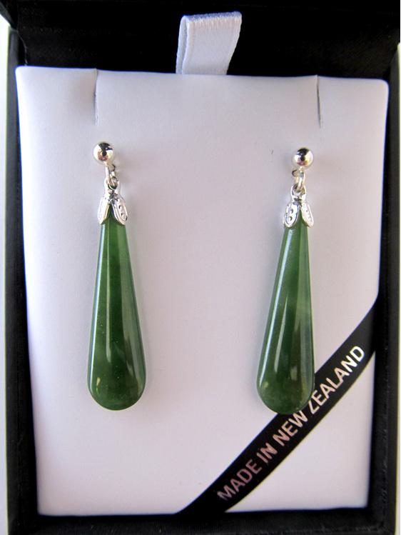 Drop-shaped NZ Greenstone Earrings set in silver (3cm) JE201S