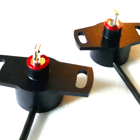 Dual output rotary potentiometer for  throttle