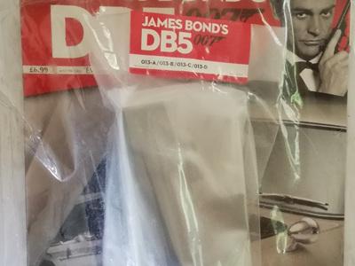 Eaglemoss 1/8 James Bond DB5 Weekly Magazine Issue 13