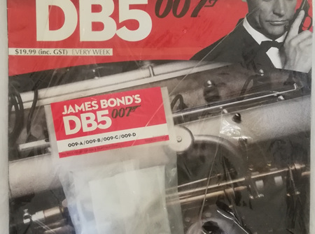 Eaglemoss 1/8 James Bond DB5 Weekly Magazine Issue 9