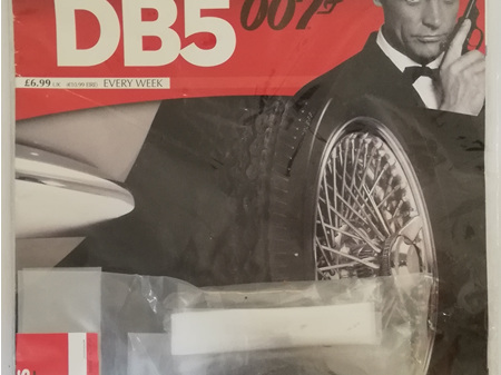 Eaglemoss 1/8 James Bond DB5 Weekly Magazine Issue 15