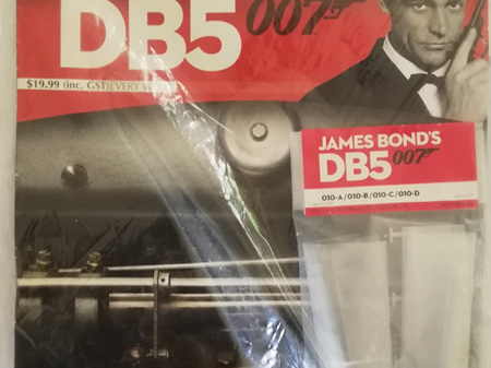 Eaglemoss 1/8 James Bond DB5 Weekly Magazine Issue 10