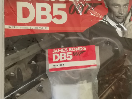 Eaglemoss 1/8 James Bond DB5 Weekly Magazine Issue 11