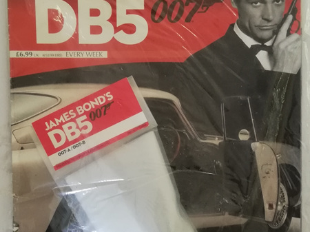 Eaglemoss 1/8 James Bond DB5 Weekly Magazine Issue 7