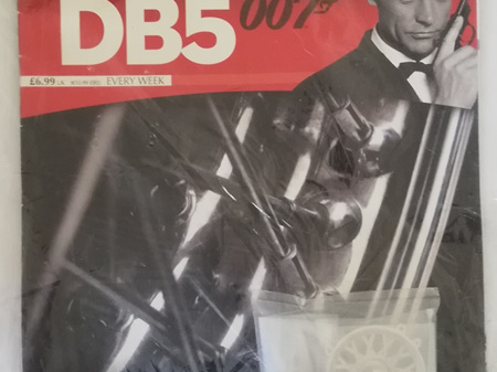 Eaglemoss 1/8 James Bond DB5 Weekly Magazine Issue 16