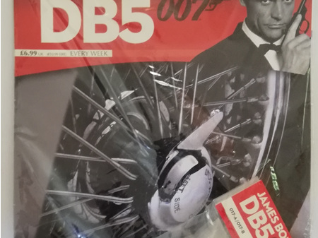 Eaglemoss 1/8 James Bond DB5 Weekly Magazine Issue 17