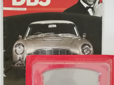 Eaglemoss 1/8 James Bond DB5 Weekly Magazine Issue 1