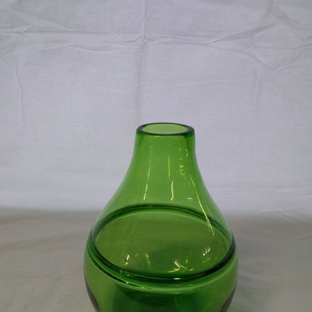 Emerald green handblown glass vase G3774