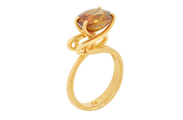 Emerge: Golden Zircon and Yellow Gold Ring