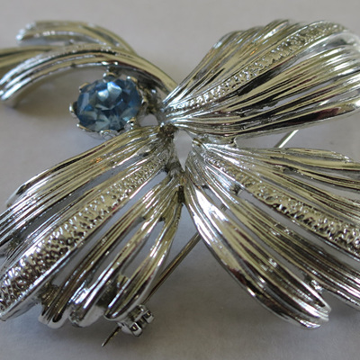 Emmons signed brooch