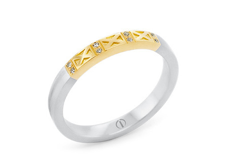 Empire Delicate Ladies Wedding Ring
