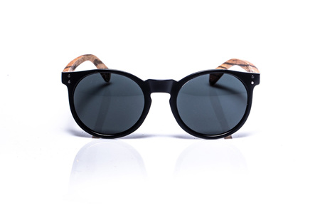 EP4 Sunglasses - Round Black Matt & Grey Lens
