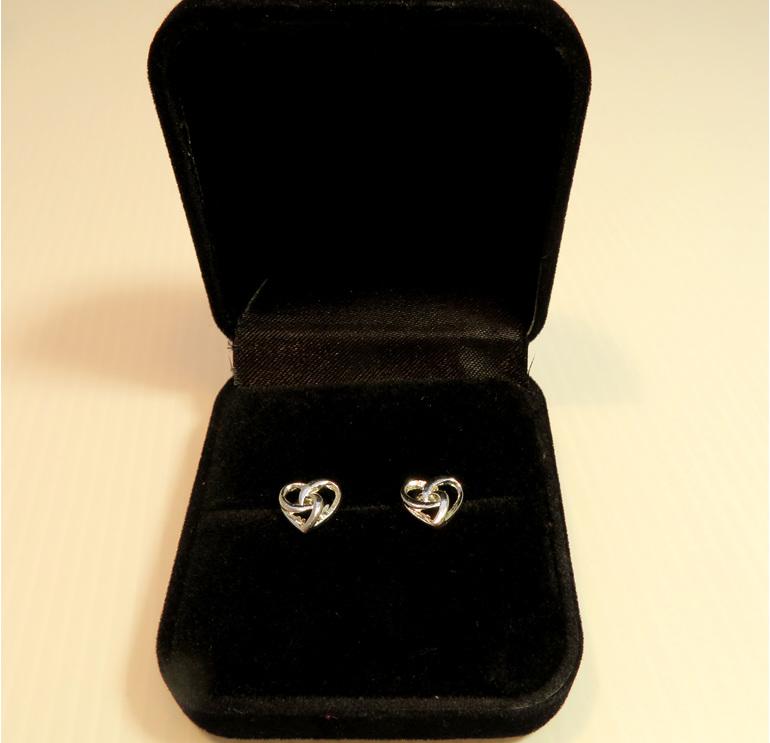 Eternity Heart Stud earrings