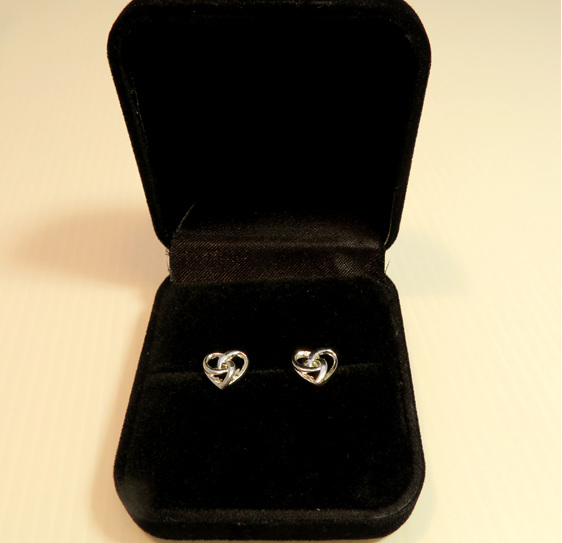 Eternity Heart Stud earrings