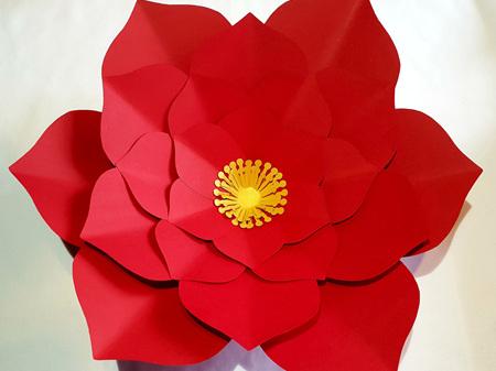 Extra Large Edna paper flower
