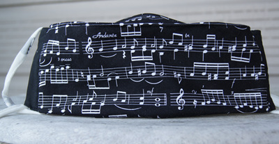 Face Mask in 'Treble Clef' 100% Cotton, SIze M (10 - 15 years)