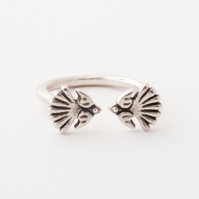 Fantail Ring