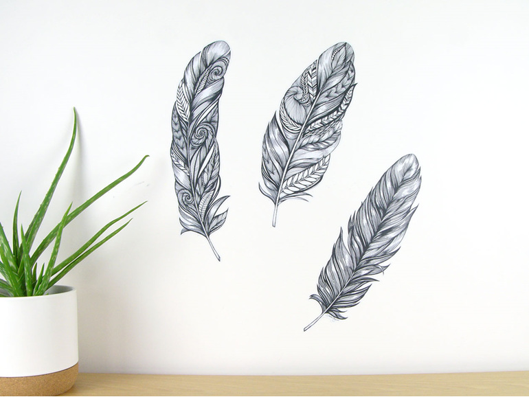 Feather wall decal