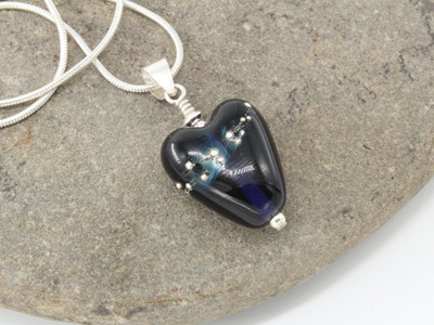 Fine silver trailed heart pendant - Blue ink