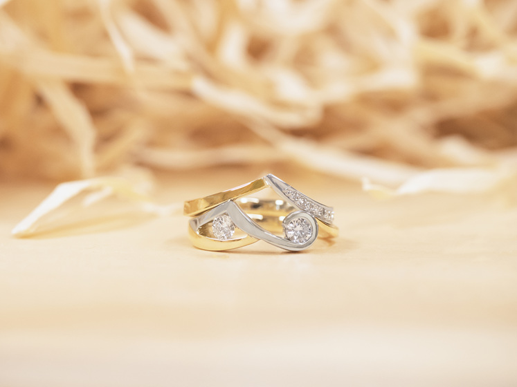 Finished yellow gold and platinum diamond rings