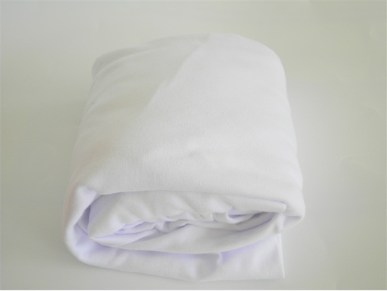 Fitted Cot Sheet Jersey Knit Cotton Strawberry Jam