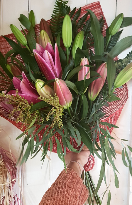 Flax Wrap Lilies PINK