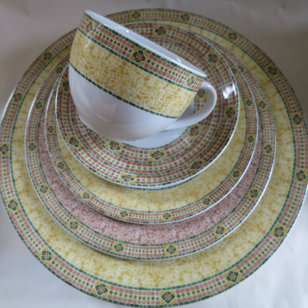 Florence pattern tea and dinner ware