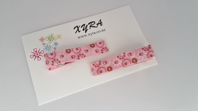 Flower print hair clips