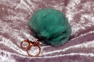 Fluffy Keyring (large) - Green