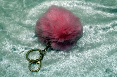 Fluffy Keyring (large) - Light Pink