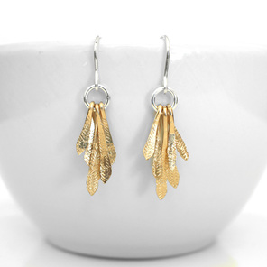 flutter gold silver hammered texture feather leaf wings lightweight earrings