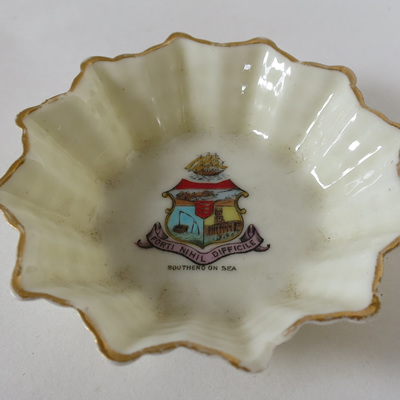 Little fluted dish