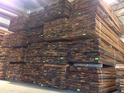 Foreverbeech™ Kiln Dried Rough Sawn 125x25mm