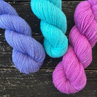 Foxhow Promise of Love, Lagoon and Magenta Melody