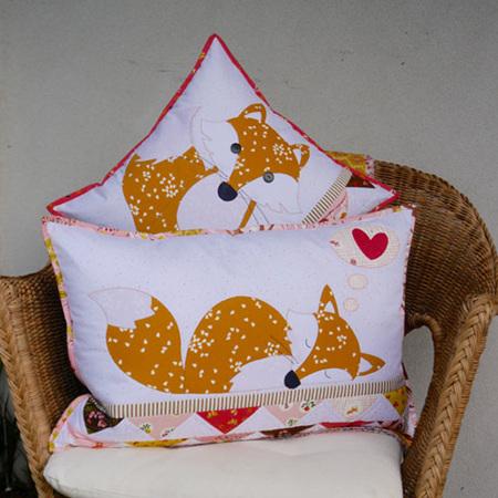 Foxies Cushion Pattern
