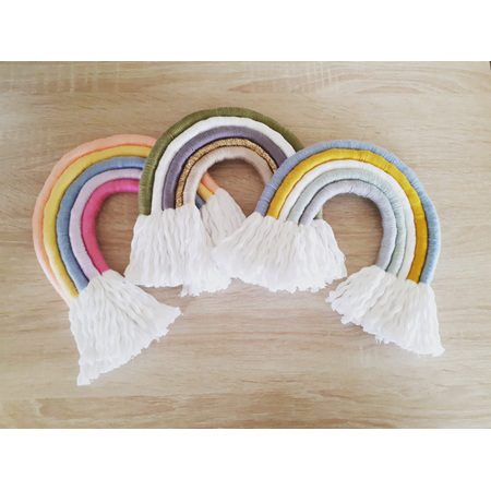 Fray&Knot - Rainbow Macrame